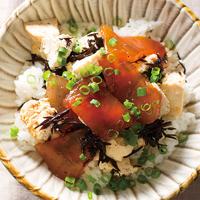 まぐろひじき豆腐丼
