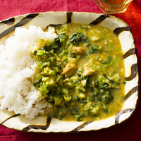 3種の緑野菜とツナのチーズカレー