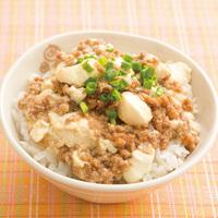 包丁いらずで時短調理!豆腐そぼろ丼