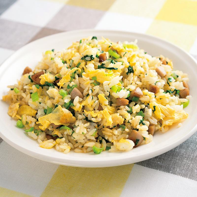 小松菜と卵の彩りチャーハン