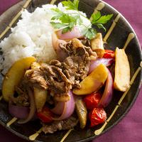 牛肉とフライドポテトのガーリック甘辛ソテー
