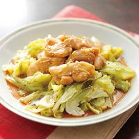 キャベツと鶏モモ肉の中華レンジ蒸し