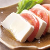 豆腐とトマトのカプレーゼ風