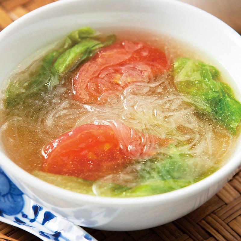 レタスとトマトの春雨スープ
