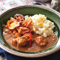 鶏肉と乾物のココナッツスパイシーカレーと打ち豆オリーブオイルライス
