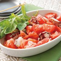 トマトとたこガーリックのタパス