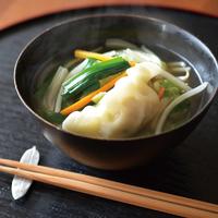 野菜どっさり餃子スープ