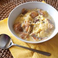 卵とパンのふわふわスープ