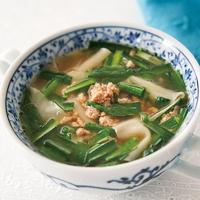 にらのワンタン風スープ