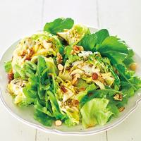 焼き春キャベツとチーズのグリーンサラダ
