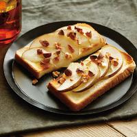 梨のシュガーバタートースト